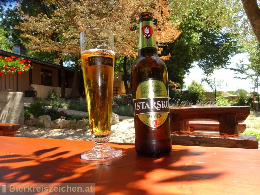 Foto eines Bieres der Marke Istarsko Pivo aus der Brauerei Istarska Pivovara