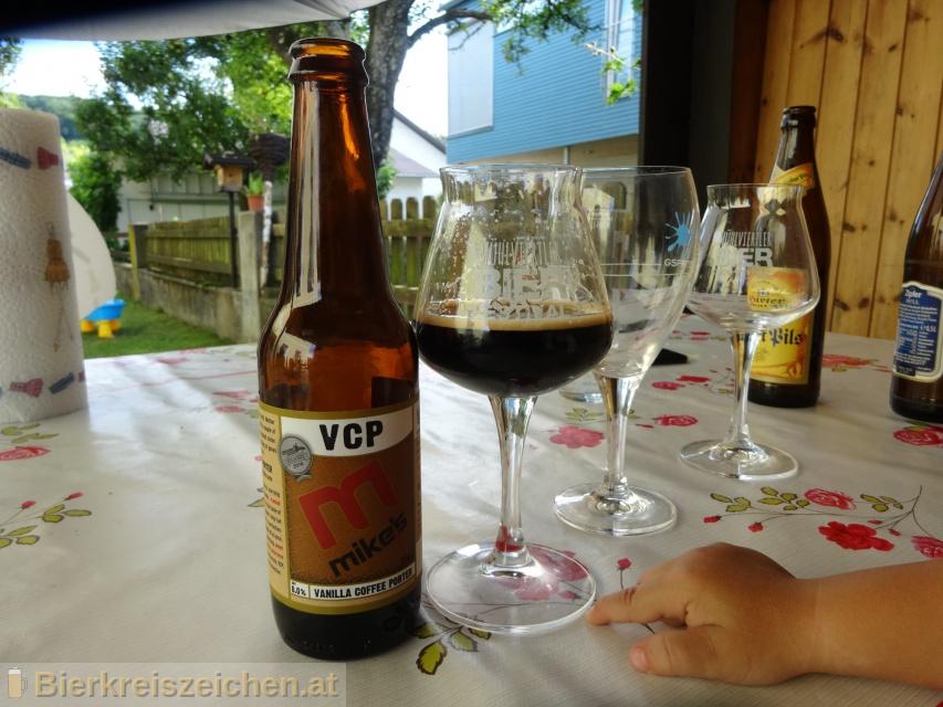 Foto eines Bieres der Marke mike's vanilla coffee porter aus der Brauerei mike's Brewery