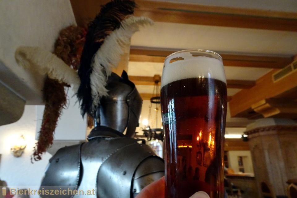 Foto eines Bieres der Marke Gösser dunkles Zwickl aus der Brauerei Brauerei Göss