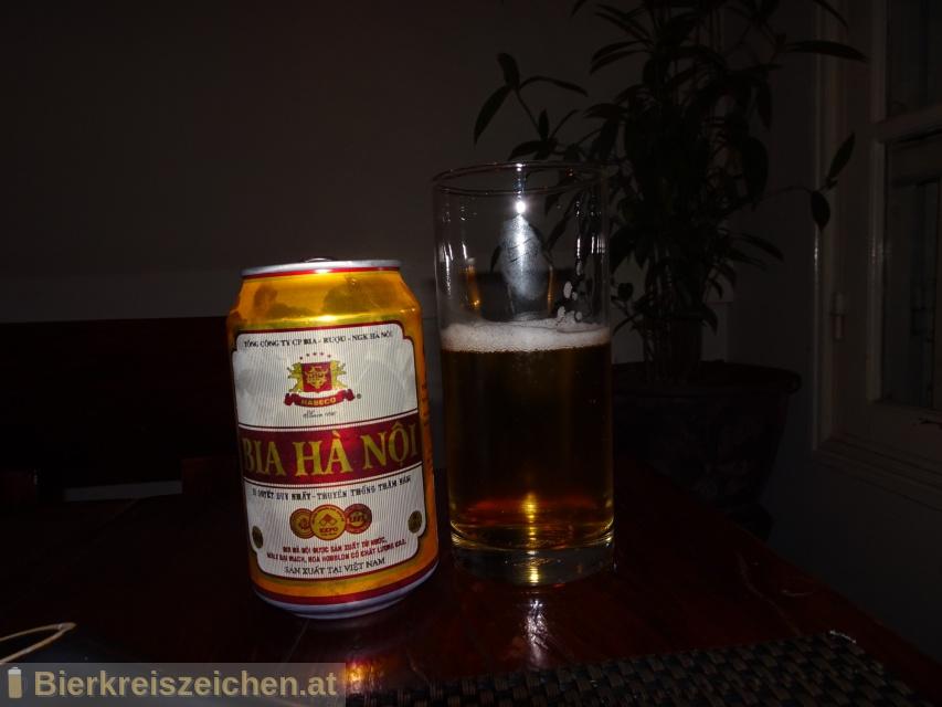 Foto eines Bieres der Marke Hanoi Beer - Bia Ha Noi aus der Brauerei Habeco