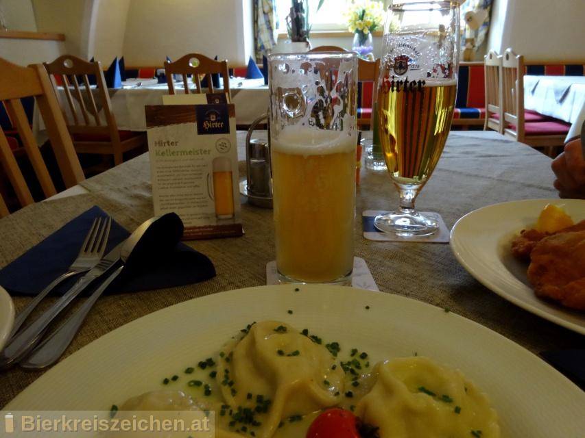 Foto eines Bieres der Marke Hirter Kellermeister aus der Brauerei Brauerei Hirt