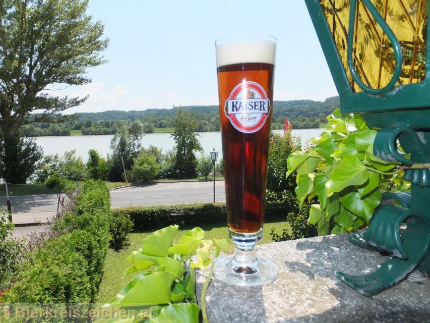 Foto eines Bieres der Marke Kaiser Doppelmalz aus der Brauerei Brauerei Wieselburg