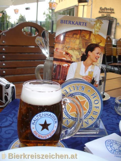 Foto eines Bieres der Marke Kaltenhauser Bernstein aus der Brauerei Hofbräu Kaltenhausen