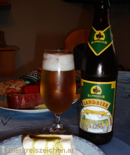 Foto eines Bieres der Marke Kapsreiter Landbier Märzen aus der Brauerei Brauerei Kapsreiter