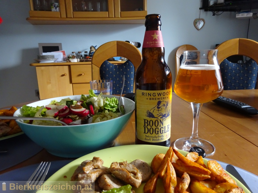Foto eines Bieres der Marke Boondoggle aus der Brauerei Ringwood Brewery