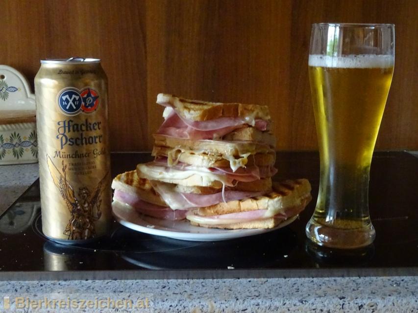 Foto eines Bieres der Marke Münchner Gold  aus der Brauerei Hacker-Pschorr