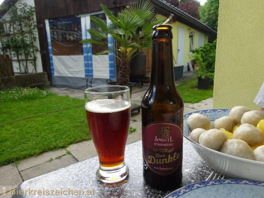 Foto eines Bieres der Marke das Dunkle aus Eibiswald aus der Brauerei Jenaer Bier