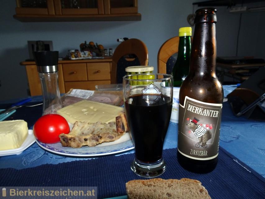Foto eines Bieres der Marke Zirkusbär aus der Brauerei Bierkanter