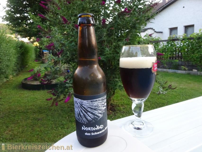 Foto eines Bieres der Marke Nordwind aus der Brauerei Westwindbrauerei