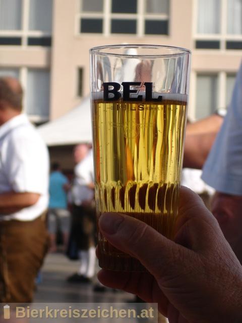 Foto eines Bieres der Marke Bel Pils aus der Brauerei Brouwerij Duvel Moortgat