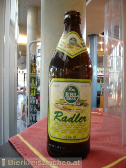 Foto eines Bieres der Marke Erlkönig Radler aus der Brauerei Erl-Bräu