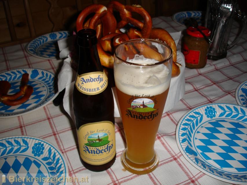 Foto eines Bieres der Marke Andechser Weißbier Hefetrüb aus der Brauerei Klosterbrauerei Andechs