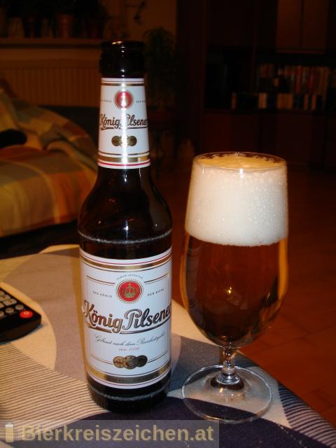 Foto eines Bieres der Marke König Pilsener aus der Brauerei König-Brauerei GmbH