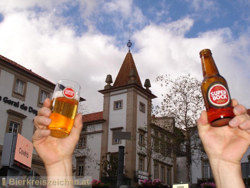 Foto eines Bieres der Marke Super Bock aus der Brauerei Super Bock