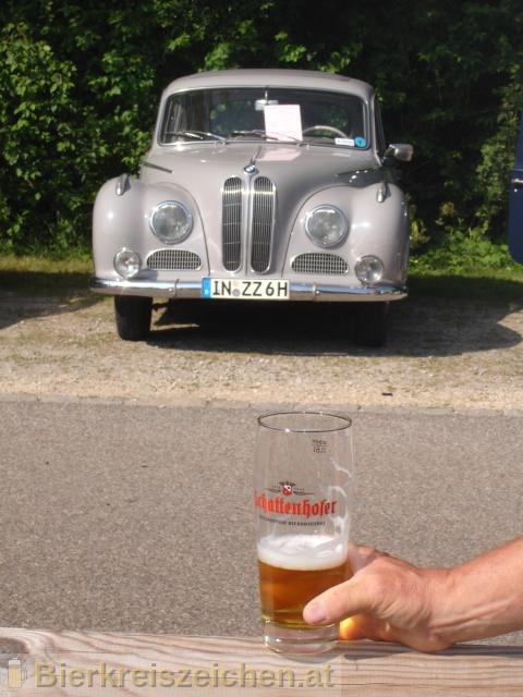Foto eines Bieres der Marke Schattenhofer Hirsch aus der Brauerei Franz Schattenhofer GmbH & Co. KG