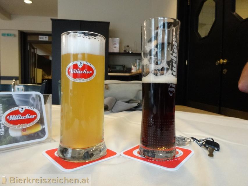 Foto eines Bieres der Marke Villacher Sommerzwickl aus der Brauerei Villacher Brauerei