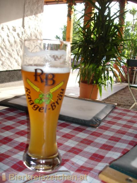 Foto eines Bieres der Marke Raggei-Weisse Hell aus der Brauerei Raggei-Bräu