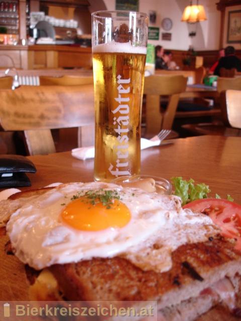 Foto eines Bieres der Marke Freistädter Ratsherrn Premium aus der Brauerei Braucommune in Freistadt