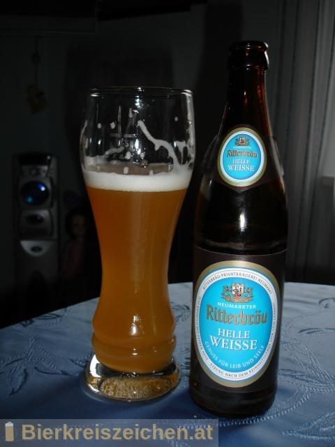 Foto eines Bieres der Marke Ritterbräu Helle Weisse aus der Brauerei Ritterbräu Neumarkt