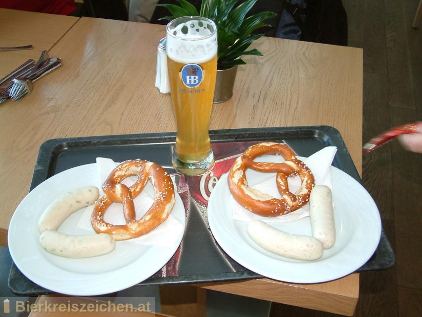 Foto eines Bieres der Marke Münchner Weisse aus der Brauerei Staatliches Hofbräuhaus