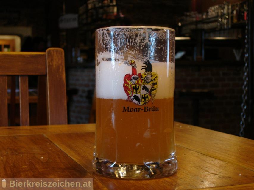 Foto eines Bieres der Marke Moarbräu Helles aus der Brauerei Hofbrauerei Moarbräu