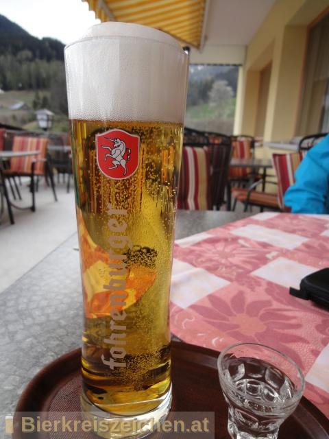 Foto eines Bieres der Marke Fohrenburger Märzen aus der Brauerei Fohrenburger