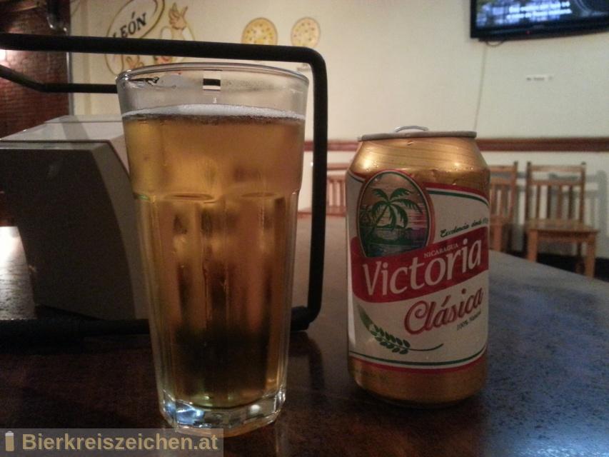 Foto eines Bieres der Marke Victoria Clásica aus der Brauerei Compañía Cervecera de Nicaragua