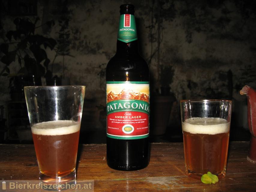 Foto eines Bieres der Marke Patagonia Amber Lager aus der Brauerei Cervecería y Maltería Quilmes