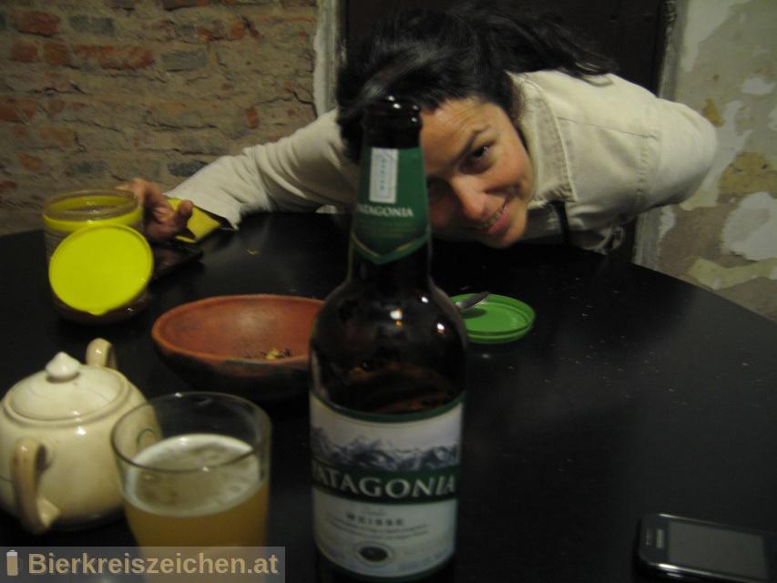 Foto eines Bieres der Marke Patagonia Weisse aus der Brauerei Cervecería y Maltería Quilmes