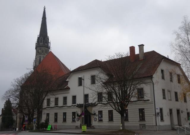 Schwechaterhof