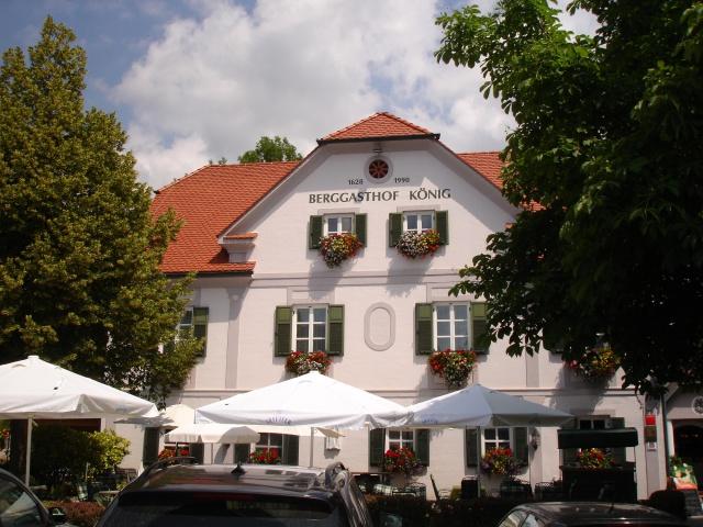 Berggasthof König KG