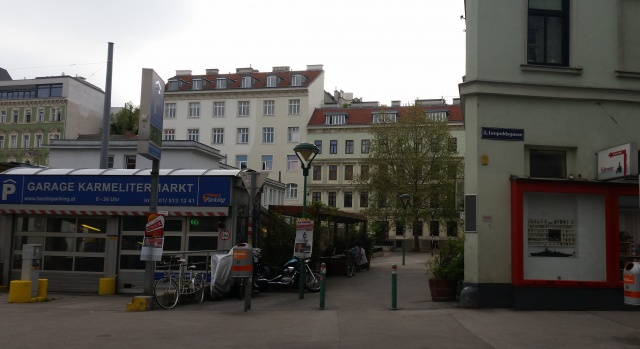Café Einfahrt