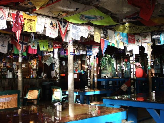 Foxy`s Tamarind Bar